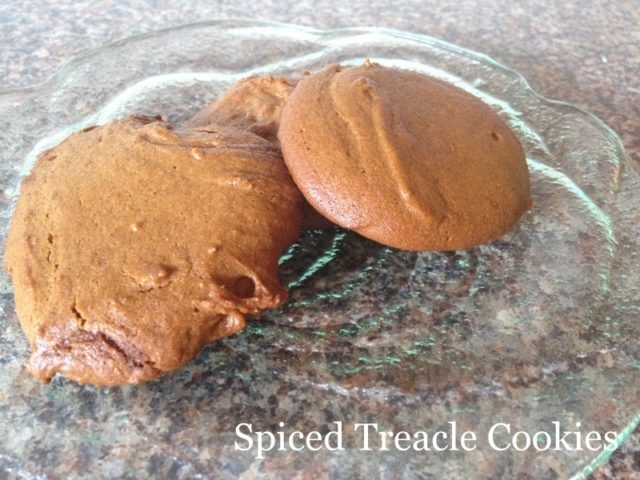 spiced treacle cookies